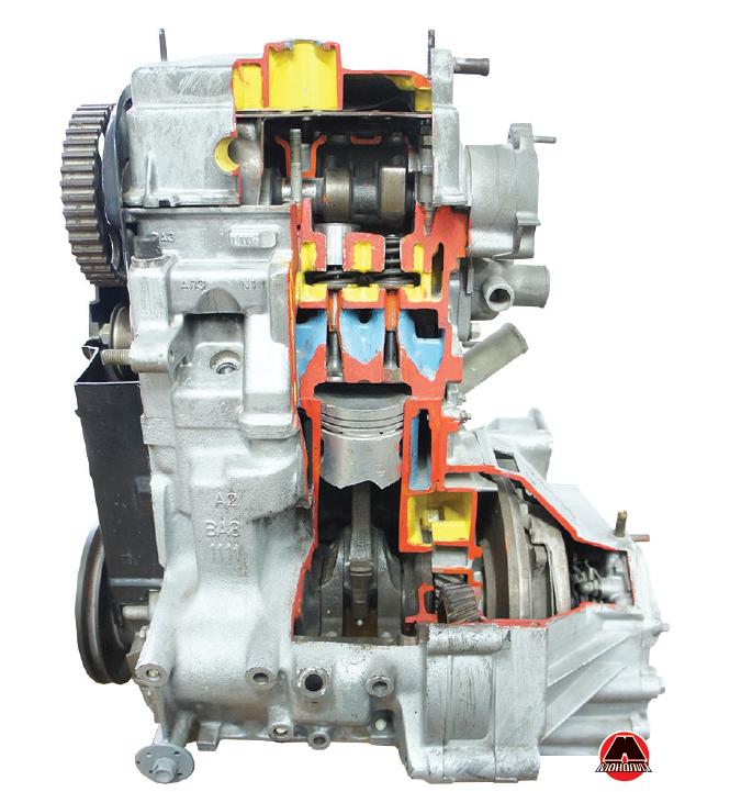 Розріз бензинового двигуна внутрішнього згоряння